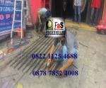 Service Folding Gate